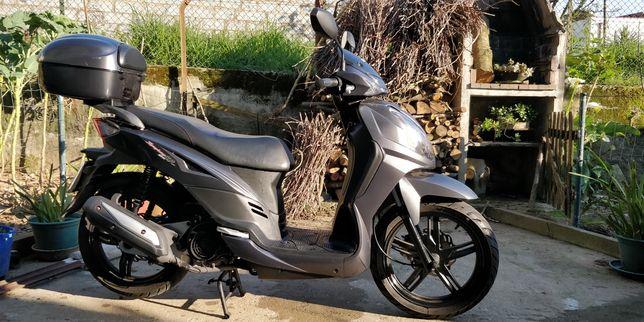Scooter sym de 125cc