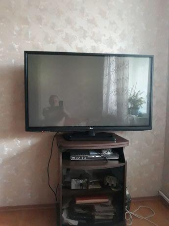 Продам б/у телевизоры лед плазма