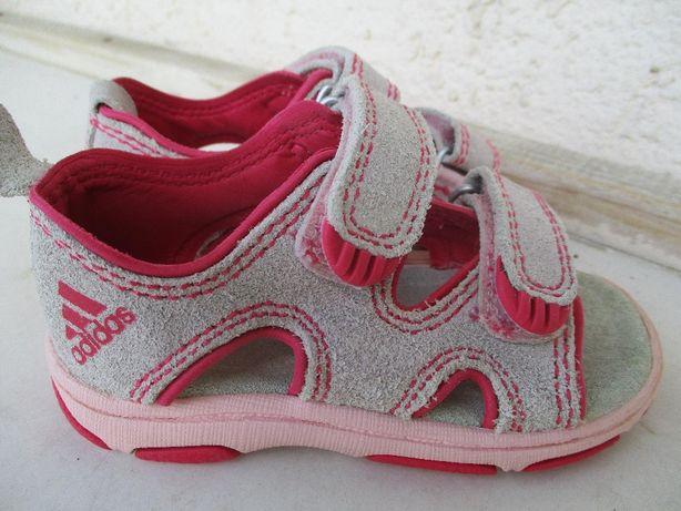Сандалики на девочку Adidas