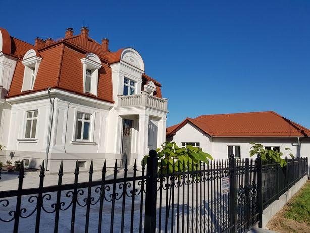 Lokal użytkowy, gabinet lekarski, biuro w Kętach przy Biedronce 303 cm