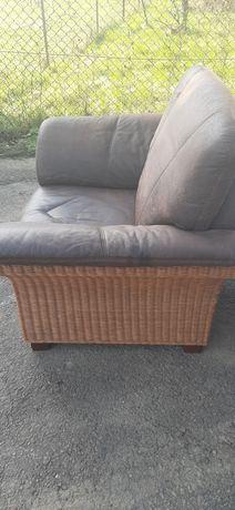 Duży fotel wiklinowy