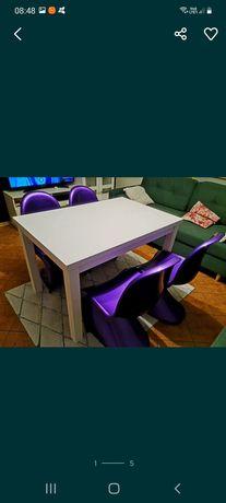 Stół jadalniany i 4 krzesła