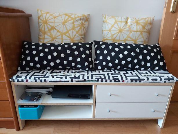 Aparador Ikea de cor branca