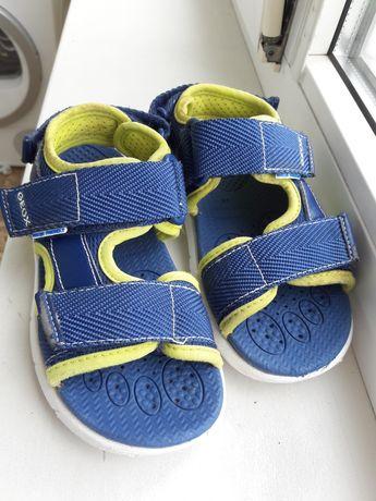 Продам босоножки сандали на мальчика geox 29 размер