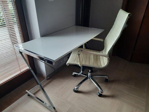 Sprzedam bardzo ciekawe biurko