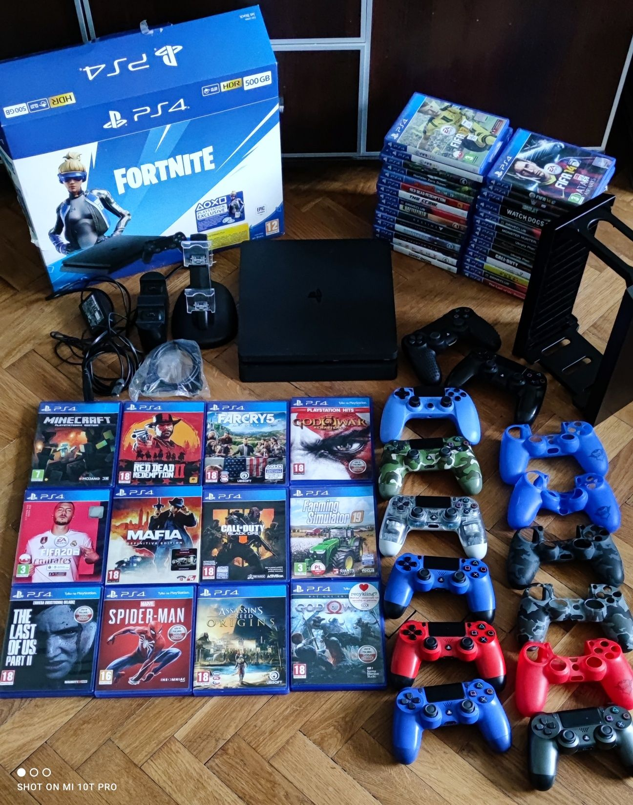 PS4 Slim Najnowszy Model Dużo Gier Padów Ładowarka PlayStation Pro