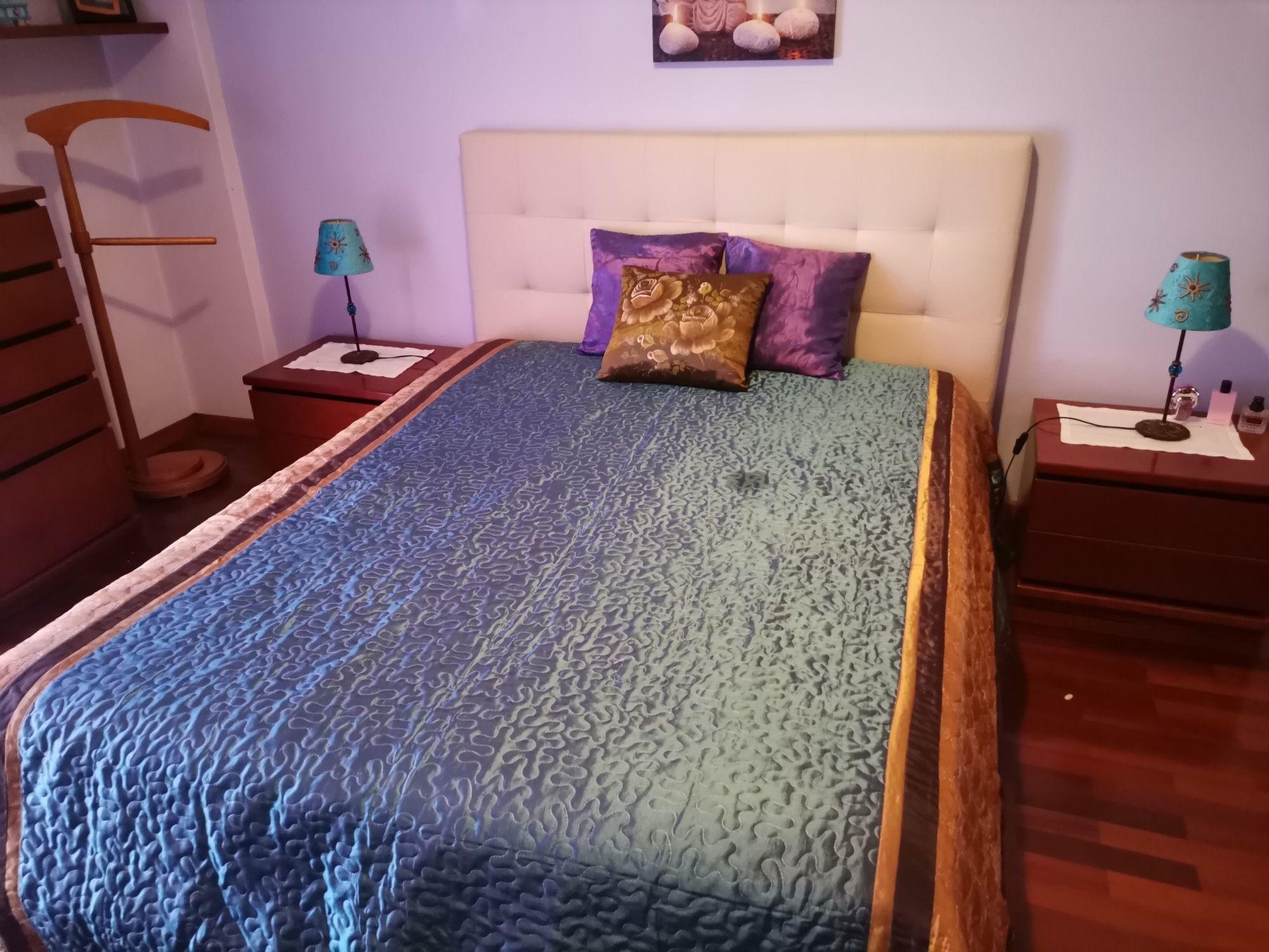 Mobília de quarto casal cerejeira