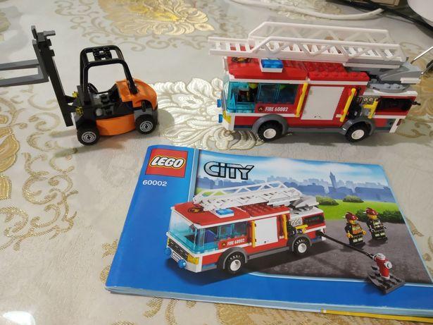 Лего Сити пожарная машина и погрузчик.