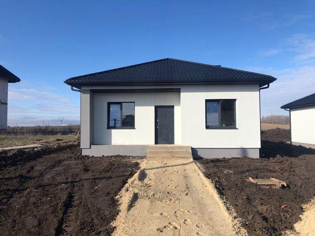 Новий цегляний будинок . Боратин
