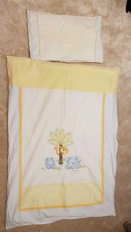 Poduszeczka, kołderka i ochraniacz na łóżeczko szer. 90 cm z pościelą