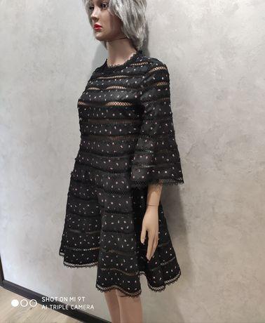 Шикарное стильное нарядное платье шитьё