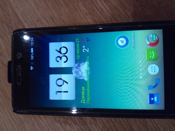 Смартфон Highscreen Pover Four(Хайскрин повэр фо)