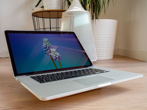 [Promo] Macbook Pro Retina 15   Quad i7   2.3GHz/3.5GHz - 16GB RAM
