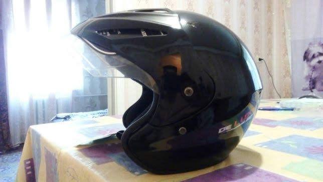 Продам открытый шлем.