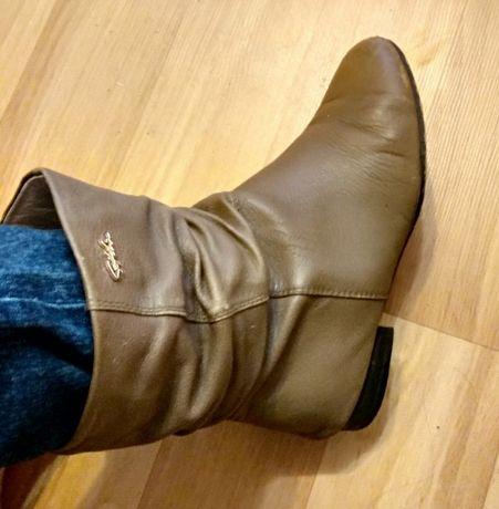 Осении женские ботинки