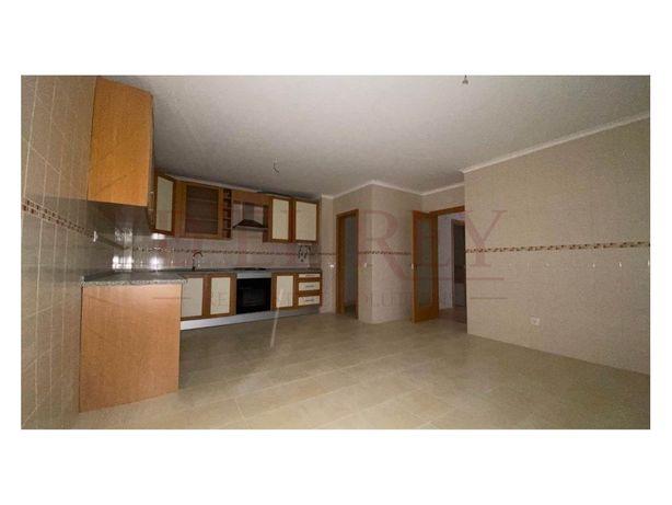 Apartamento T3 DUPLEX NOVO no Cartaxo