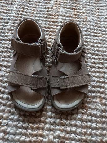Sandałki Mrugała