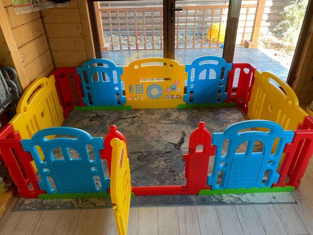 Продам детский манеж Dwinguler castle