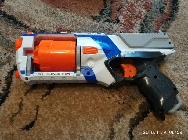 NERF N-Strike Elite 36033 Strongarm
