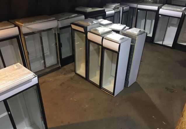 СКЛАД двухдверный холодильный шкаф витрина бу для напитков цветов