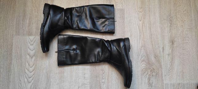 Демисезонные кожаные утепленные сапоги 37-38 размер