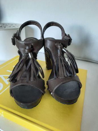 Sandálias lanidor 36