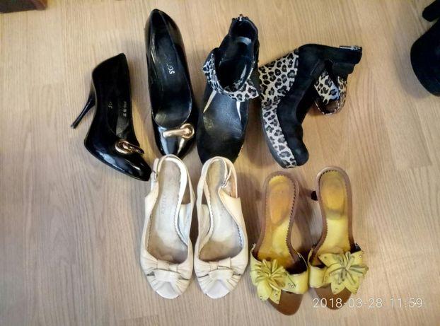пакет коженой обуви