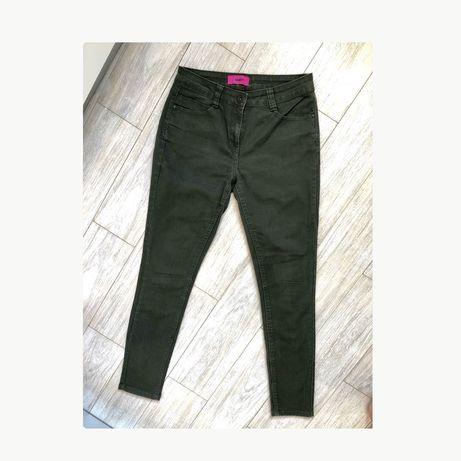 Джинсы Zara размер М 38 на бедра 95 штаны брюки женские