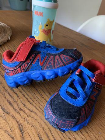 New balance rozmiar 20 buciki dla chlopca , wkladka 11 cm