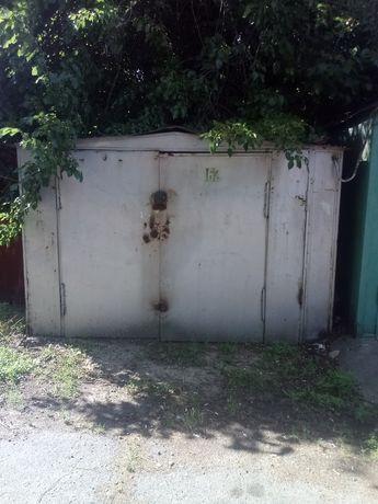 Продам срочно гараж в яме