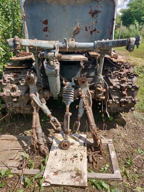 Задние навесное трактора Т- 74 в сборе