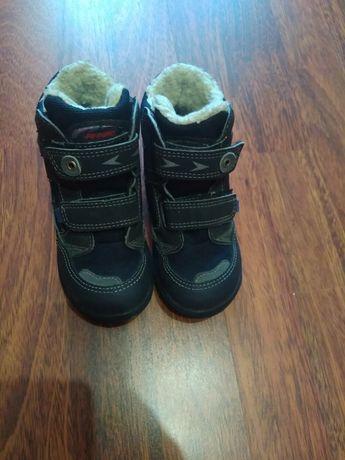 Теплые ботинки на мальчика 25 размер