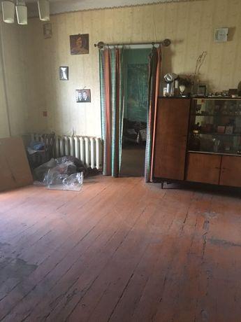 Продам 4-х комнатную квартиру на Повороте