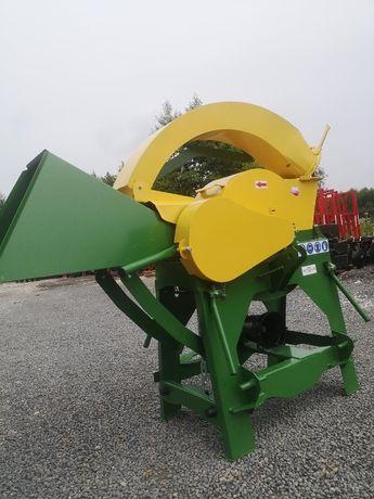 Rębak do gałęzi rozdrabniacz SELMAR R-16 z posuwem PL producent DOWÓZ