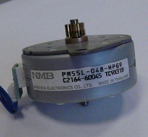Шаговый двигатель (моторчик принтера)