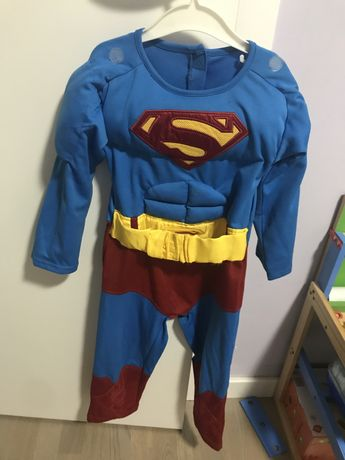 Strój na balik- superman