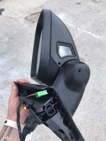 Зеркало правое volvo s60 с камерой РАЗБОРКА