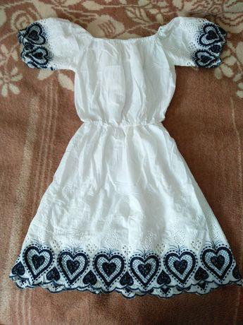 Сукня для юної дівчини