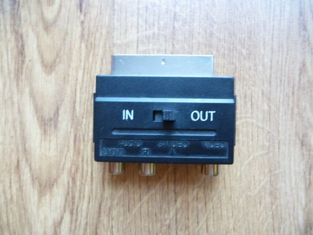 Adapter SCART/EURO z przełącznikiem