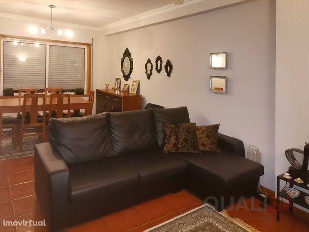 Apartamento T2 equipado e mobilado em Nogueira - para arr...