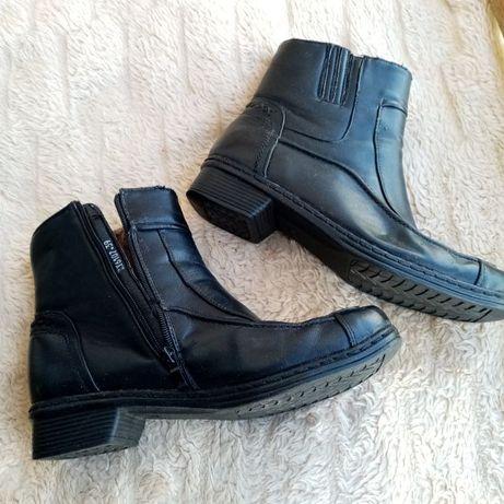 Buty damskie skórzane ocieplane korzuszkiem 39