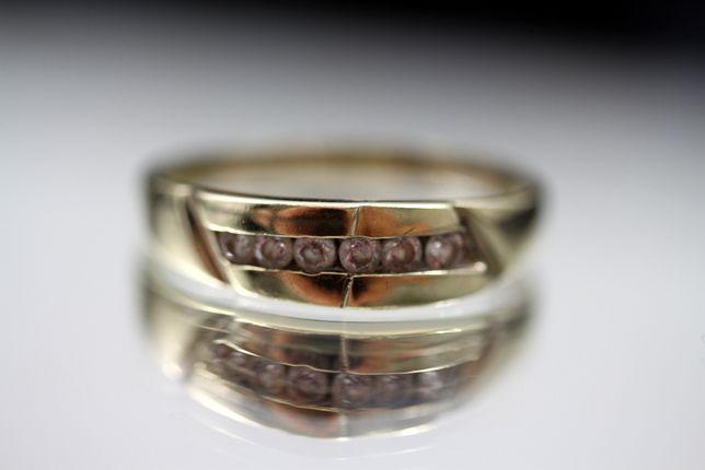 Piękny złoty pierścionek CYRKONIE 1,87G R19