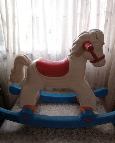 качалка-лошадка для детей
