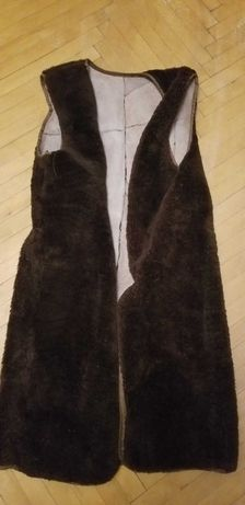 Жилетка-підкладка з овечини до пальто