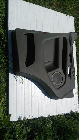 Boczek drzwi lewy przod Ford Transit Custom