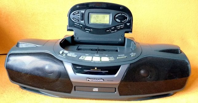 Музыкальный центр/магнитола Panasonic rx-ed 90+ пульт ДУ. Cobra.