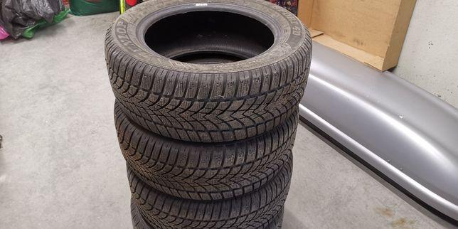 Opony zimowe komplet 4 x 215/55R16 97H XL Dunlop SP WINTER SPORT 4D