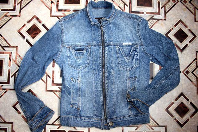 Куртка джинсовая ветровка размер S джинсовка