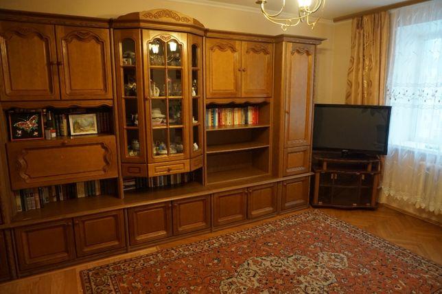 Продам 3 ком. квартиру ул. Анны Ахматовой 3 Позняки