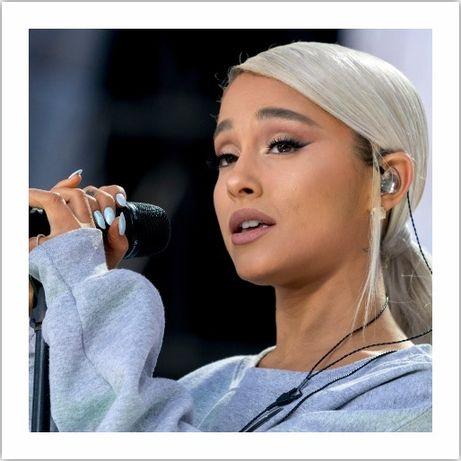 Ariana Grande - Várias fotografias Medidas 30 cm x 30 cm